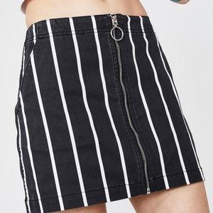 Volcom Striped Frochickie Skirt M